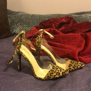 Cheetah print heel